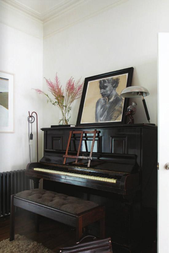 Piano Vignette