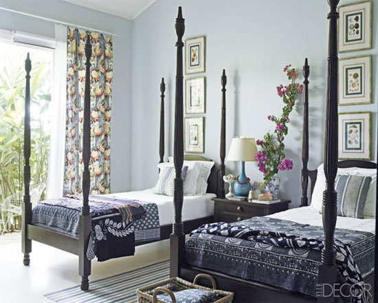 Black Twin Poster Beds